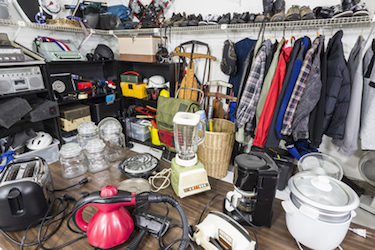 Cleaning Clutter-What to Keep for Your Kids?