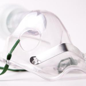Apply the Oxygen Mask