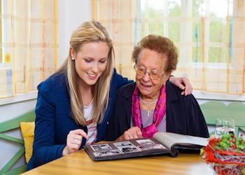 5 Items to Bring to Someone with Dementia